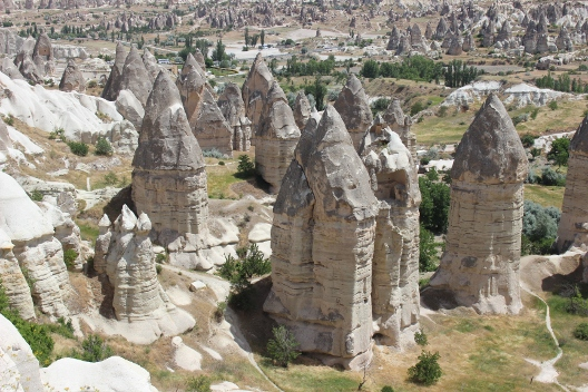 cappadocia_love_valley