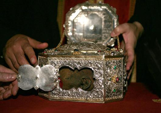 Глава Иоанна Златоуста в монастыре Ватопед на Афоне