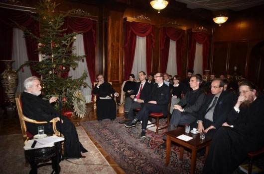 Митрополит Иоанн Зизиулас обсуждает будущий Всеправославный Собор с международной группой 30 православных ученых. Специальная встреча на Фанаре, Стамбул, Турция, 5 января 2016